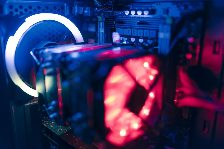 کامپیوتر و لپ تاپ گیمینگ بیتاتک