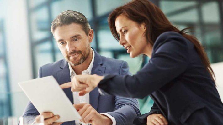 مشاوره کسب و کار چه کمکی به من میکند